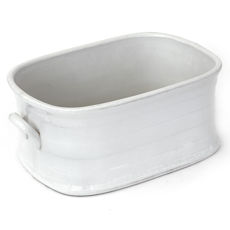 Antique white glazed stoneware foot bath in excellent condition. (c.1860)