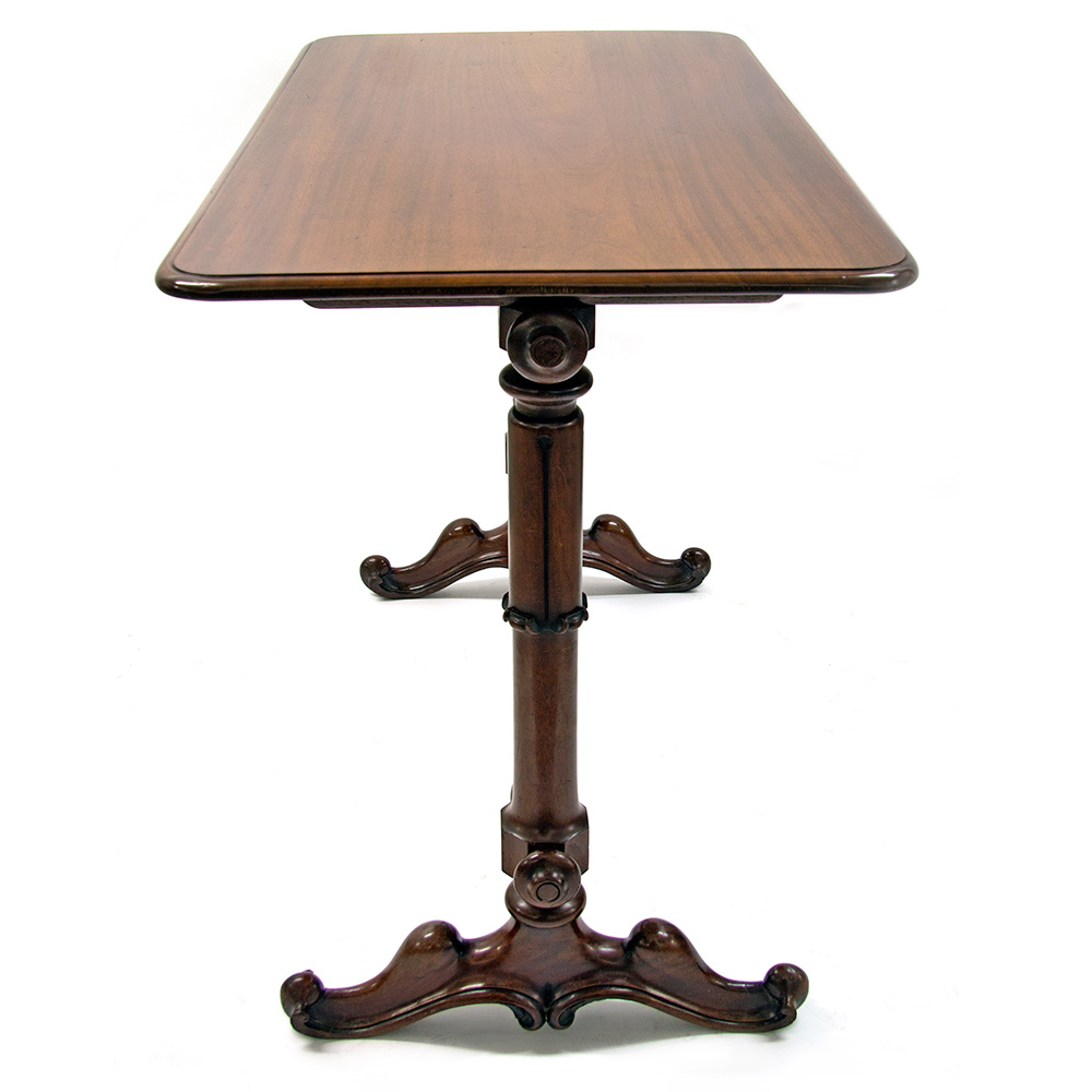 Antique William IV mahogany stretcher table. Circa 1840.